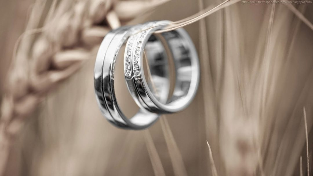 What Is The Best Combination Of Rings To Wear With Your Engagement Ring